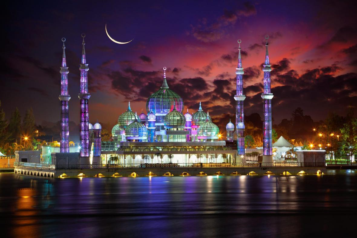 مسجد کریستالی مالزی (Crystal Mosque Malaysia)