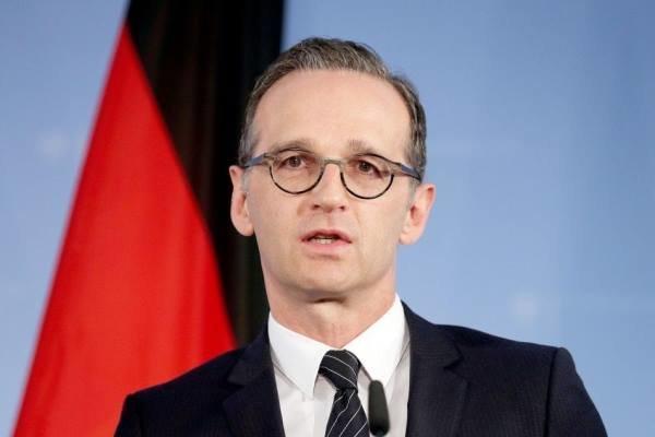 آلمان از شرکتها در برابر تحریمهای آمریکا علیه مسکو حمایت می نماید