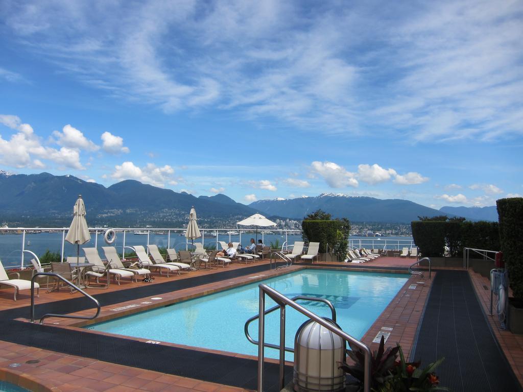 هتل پن پسیفیک ونکوور، هتل پن پسیفیک ونکوور با چشم اندازهایی پر زرق و برق از بندر