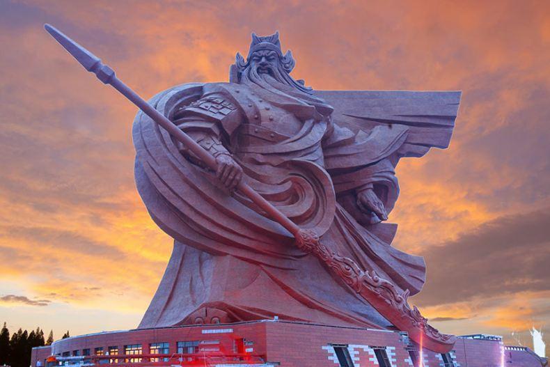 چین از مجسمه باشکوه گوانگ یو رونمایی کرد