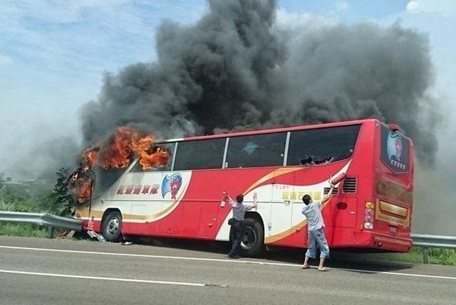 26 کشته در حادثه اتوبوس گردشگران چینی در تایوان