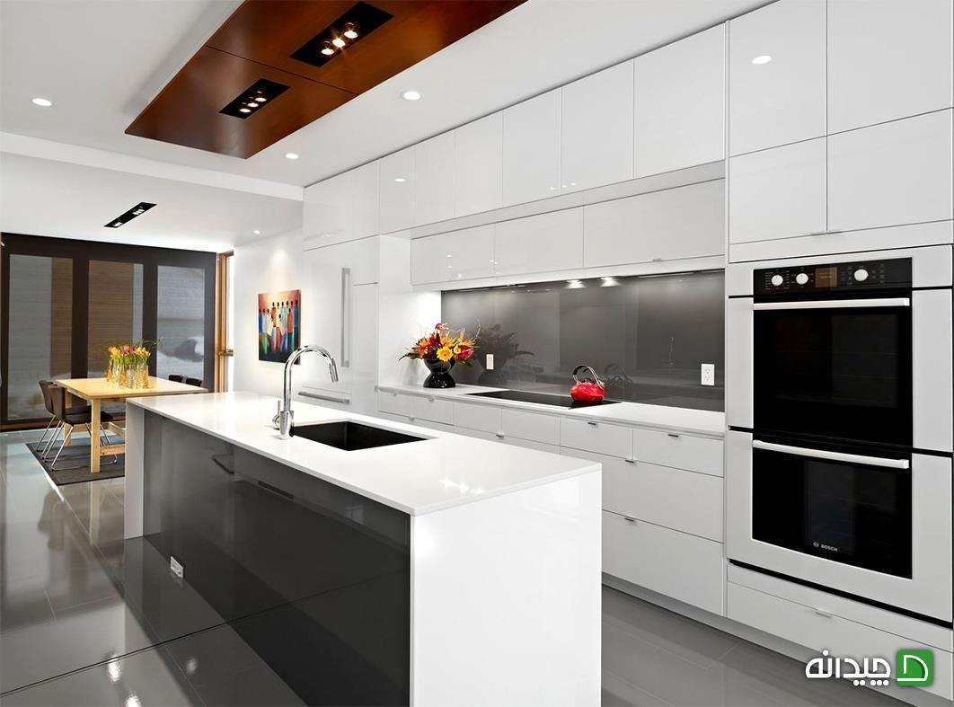 بازسازی آشپزخانه، این بار سفید و طوسی در کنار هم!
