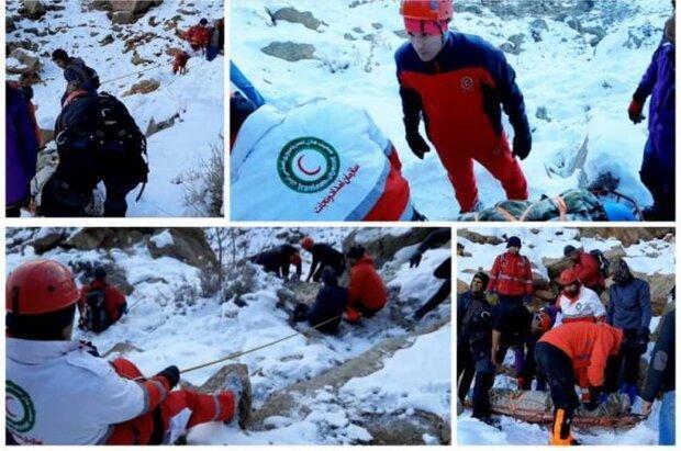 2 کوهنورد از ارتفاعات شاه لولاک لنجان نجات یافتند