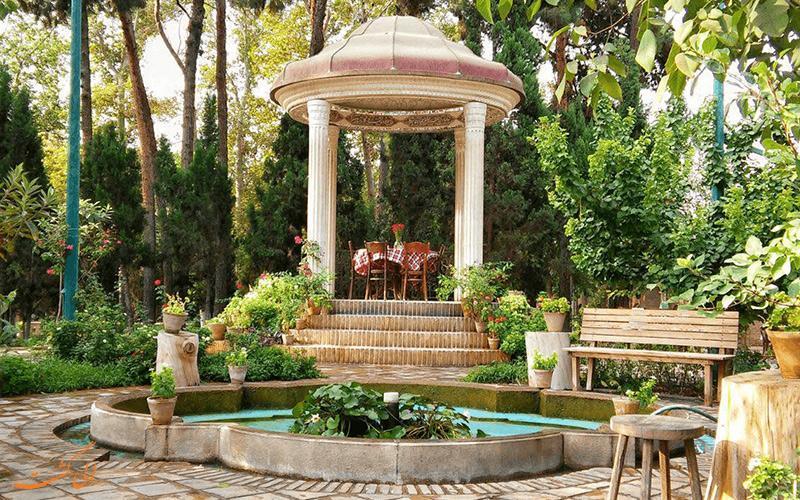 آشنایی با باغ موزه نگارستان در تهران