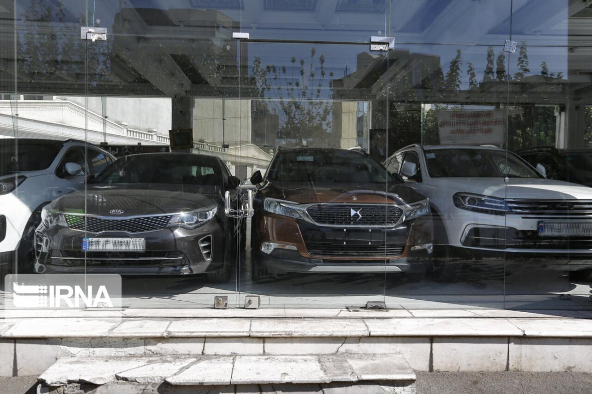 خبرنگاران تفاوت 100 هزار میلیارد تومانی نرخ خودرو در جیب دلالان