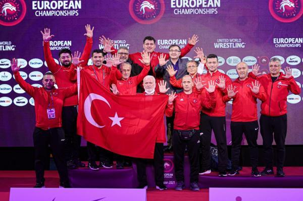 خبرنگاران دهمین طلای اروپایی فرنگی کار سنگین وزن ترکیه