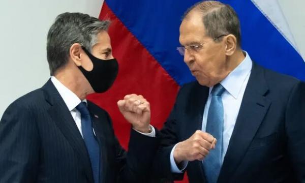 وزیر امور خارجه آمریکا خواهان روابط باثبات تر با روسیه شد