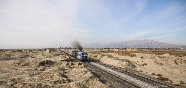 آنالیز جابه جایی ریل قطار از میان تپه حصار