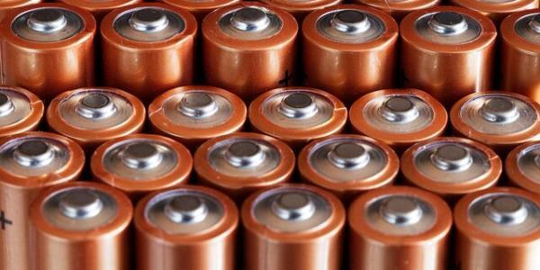 تبدیل ضایعات مواد غذایی به باتری های قابل شارژ!
